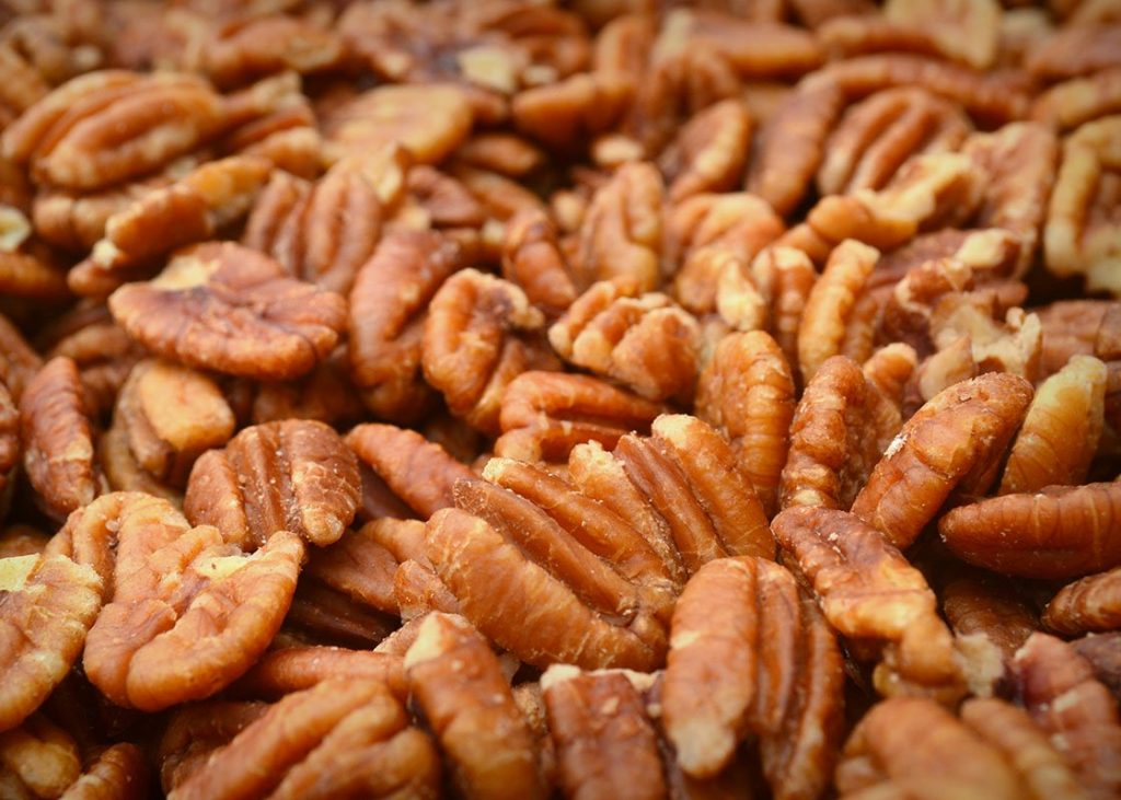 close-up-on-raw-pecans